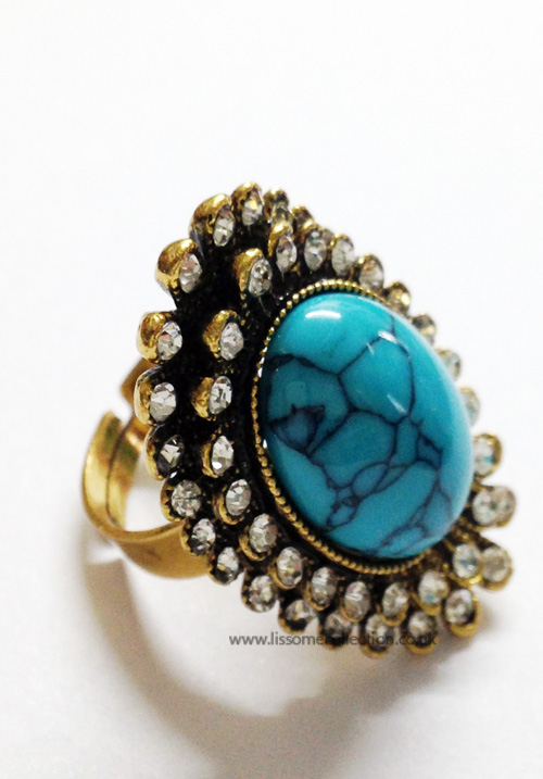 Oval shaped Fashion Ring-Turquoise Blue