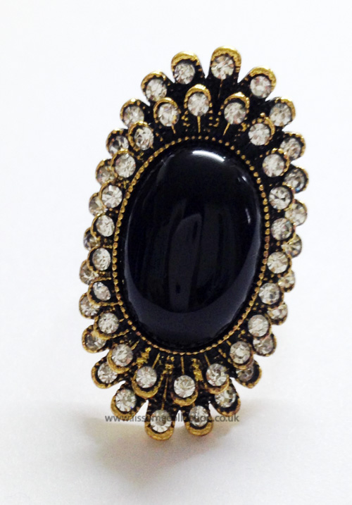 Oval Shaped Fashion Ring-Bold Black