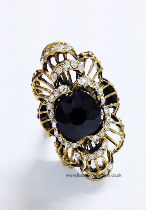 Curved oversized Fashion Ring-Black