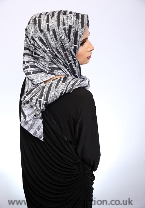 Linen Brick Pattern Hijab