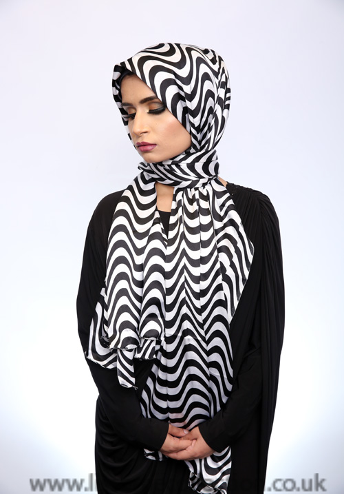 Satin Curved Pattern Hijab