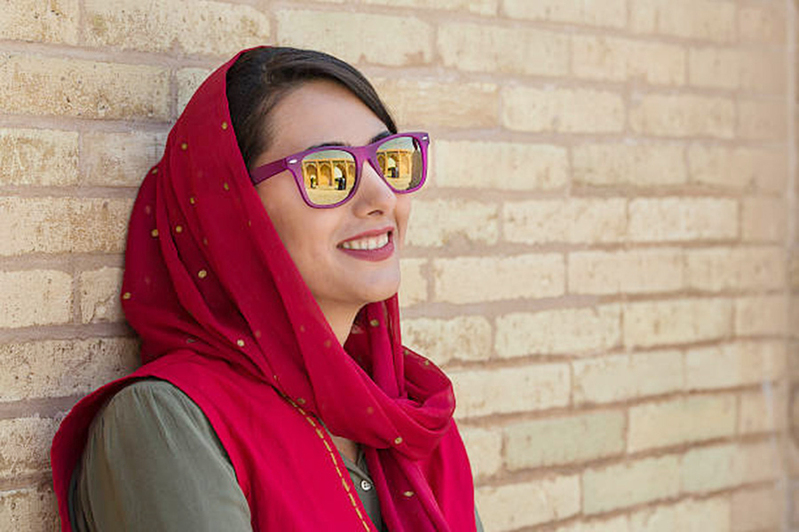 How To Style Your Hijab With Glasses